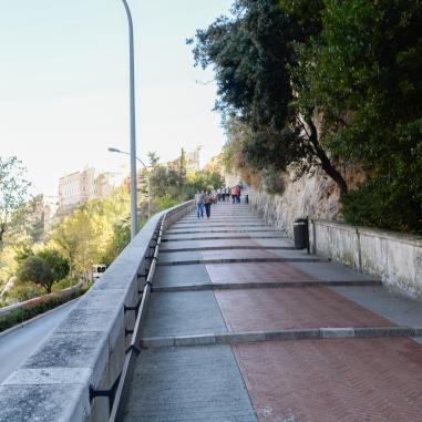 Camino al Palacio Real
