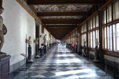 Corredor este de la Galería Uffizi